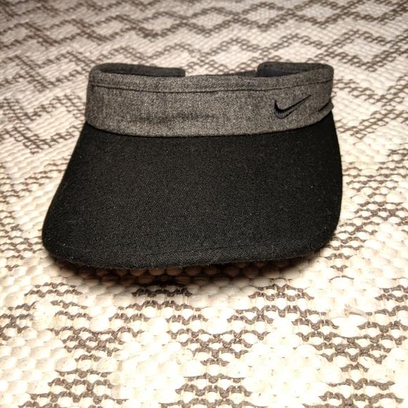 Nike golf visor